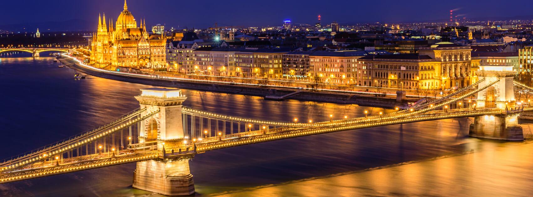 ハンガリーブタペスト「ドナウの夜景」
